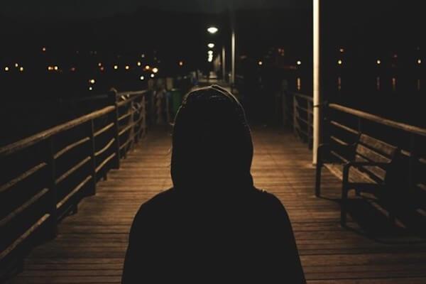 Einbrecher in der Nacht