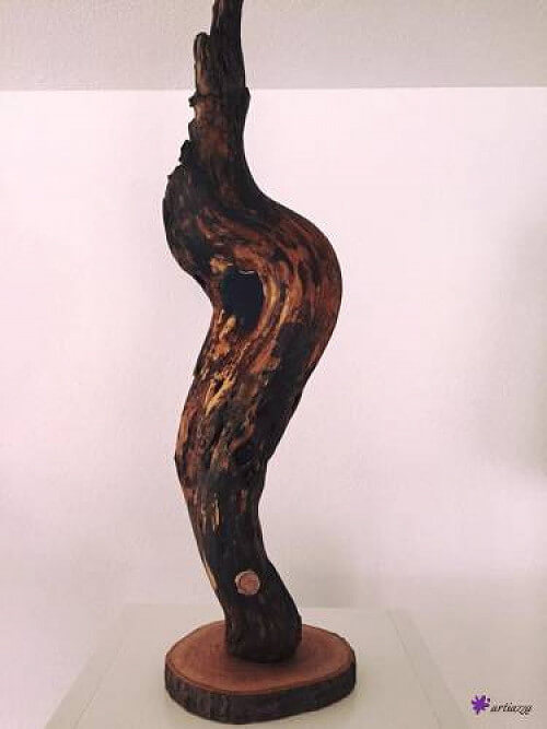 Statue: Holzauge