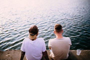 Zwei Mitbewohner am See
