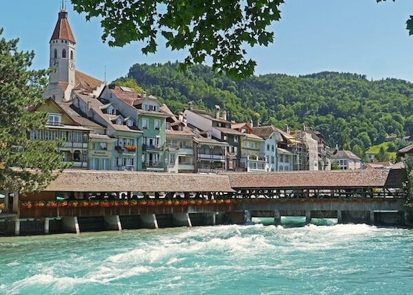 Stadt Thun am Fluss