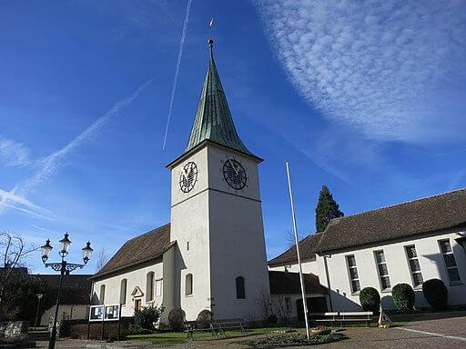 Reformierte Kirche in Schlieren. Es handelt sich dabei um ein Kulturgut.