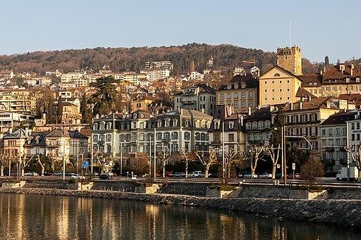 Vue de la ville de Neuchâtel.