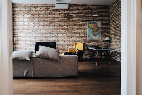 Installer dans son appartement: une belle maison est présentée.