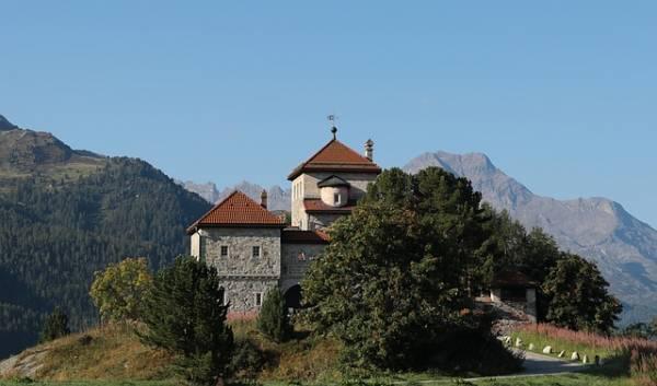 Schloss in Silvaplana im Kanton Graubünden.